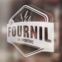 Mockup logo vitrine Le Fournil du Sporting